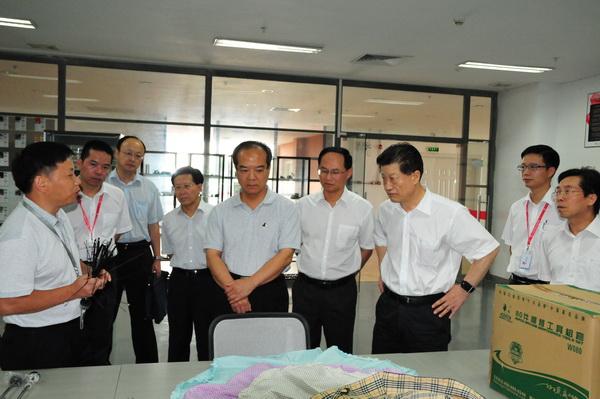 现任广东省委常委、政法委书记,原副省长林