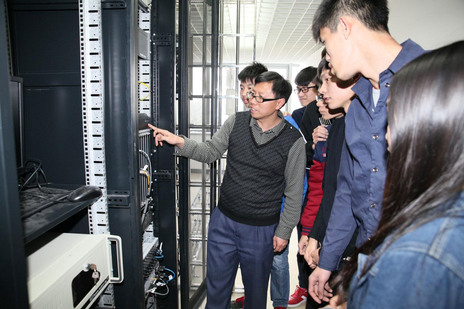 通讯网络(4G技术)实训室